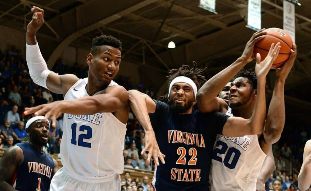Marques Bolden (n.20) contro Virginia State