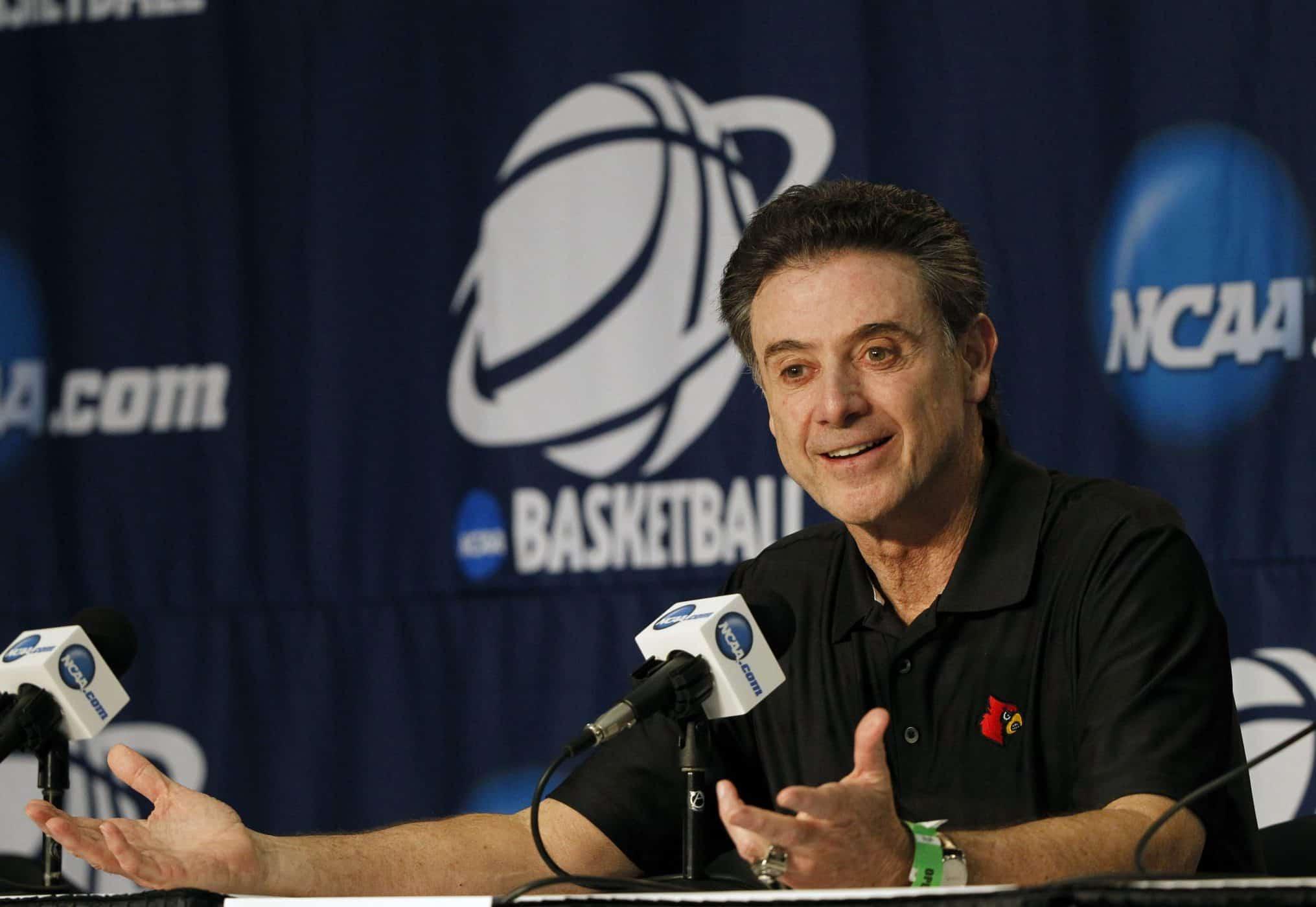 Ncaa Basketball: Rick Pitino (Louisville)