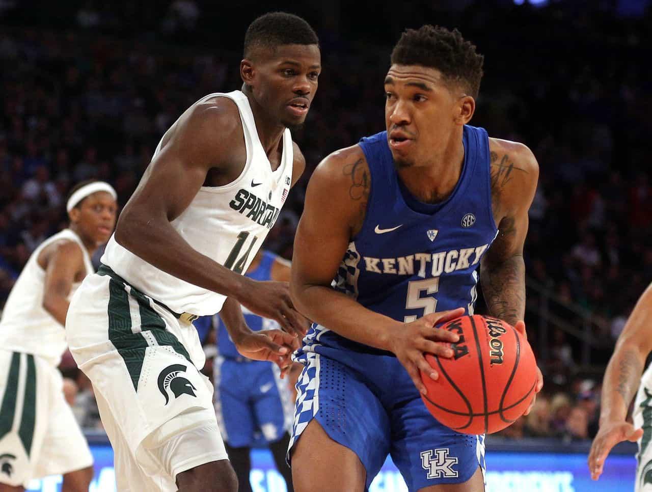 Kentucky extralusso, poi Kansas batte Duke