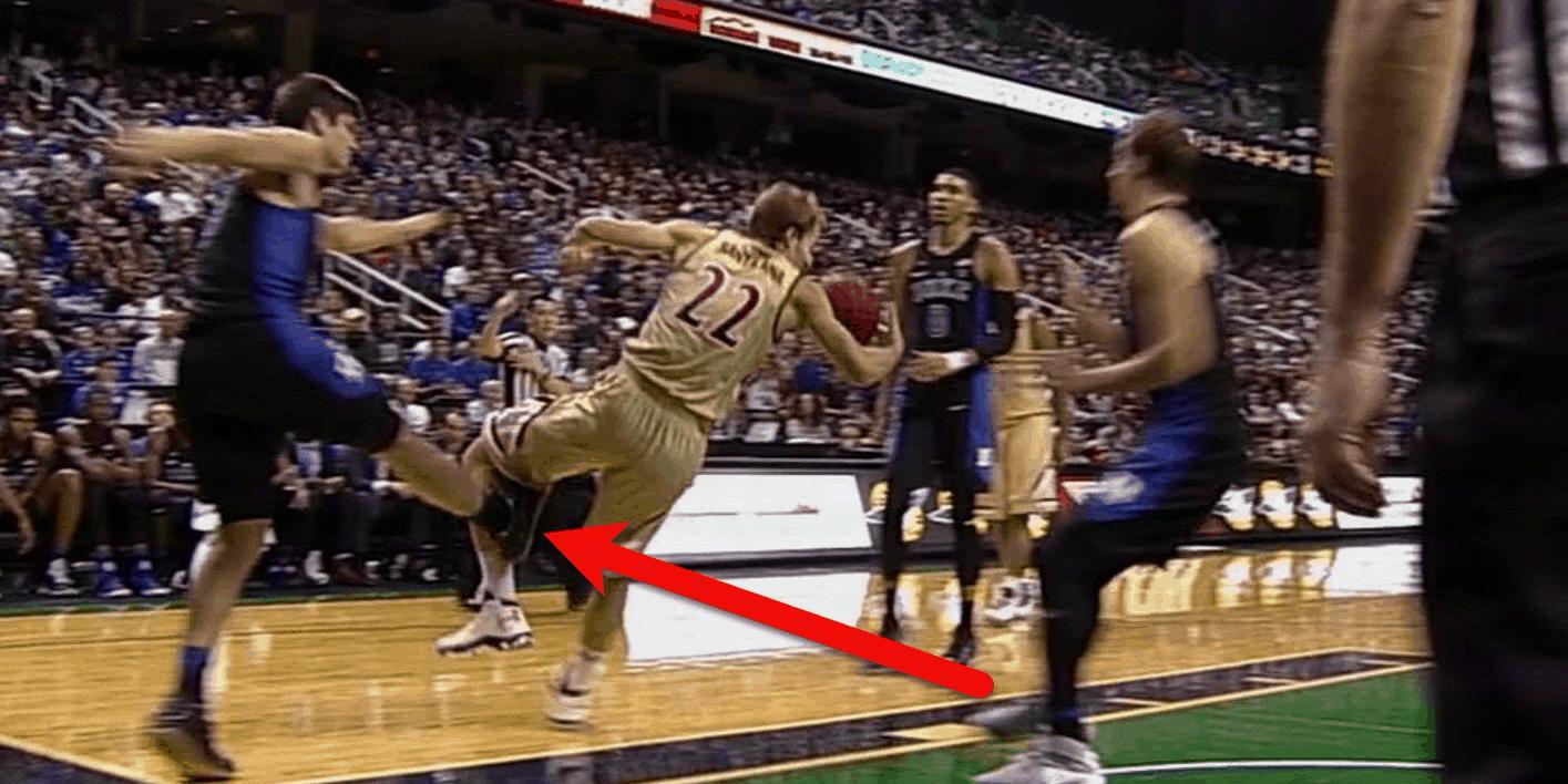 Ncaa basketball - Grayson Allen sgambetto - Duke