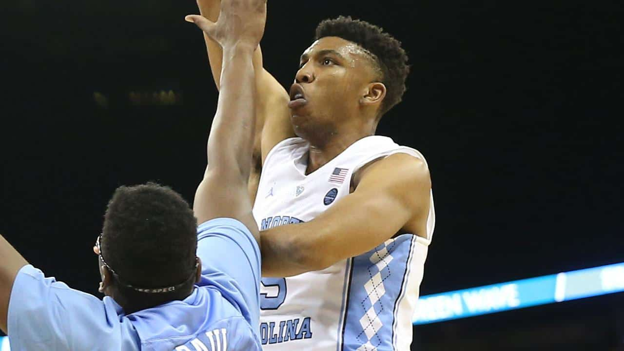 Ncaa basketball - Tony Bradley - North Carolina