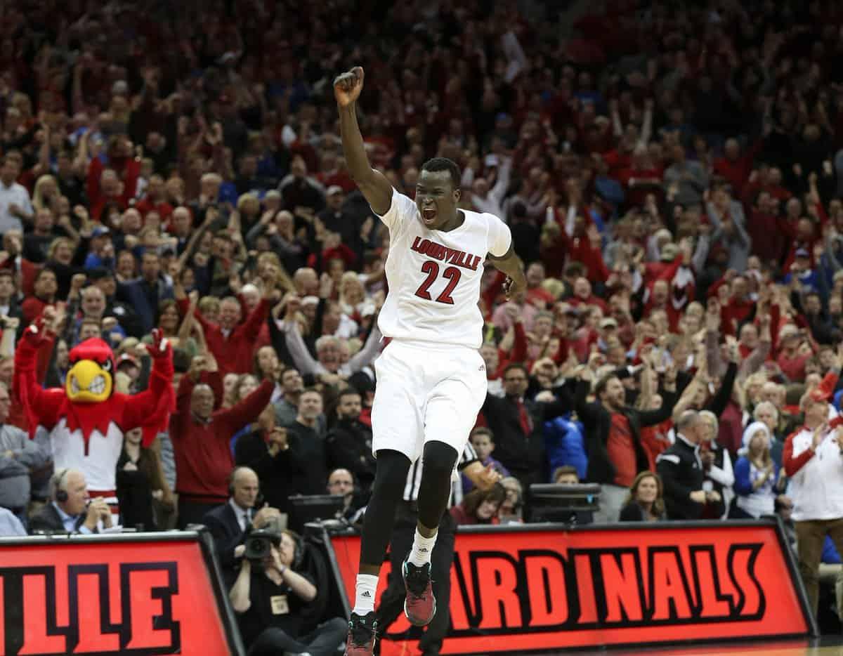 Louisville vince il derby del Kentucky