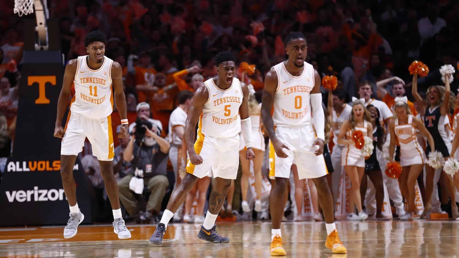 Tennessee distrugge Kentucky, Bone MVP