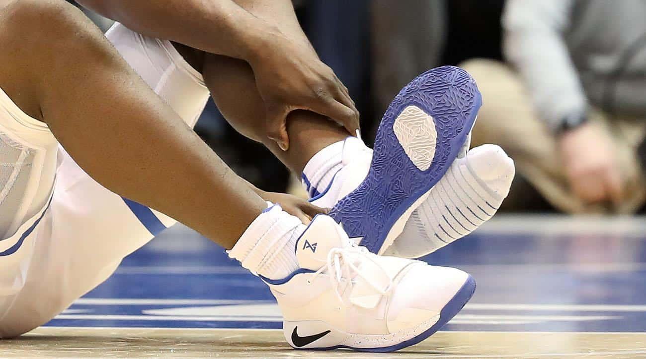 Lo strano caso delle scarpe che esplodono
