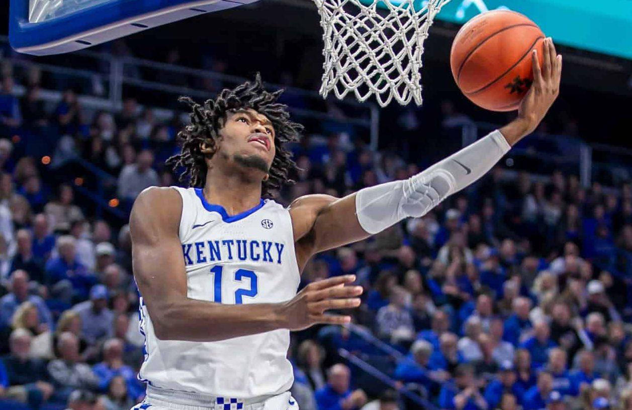 BasketballNcaa - Kentucky & Keion Brooks