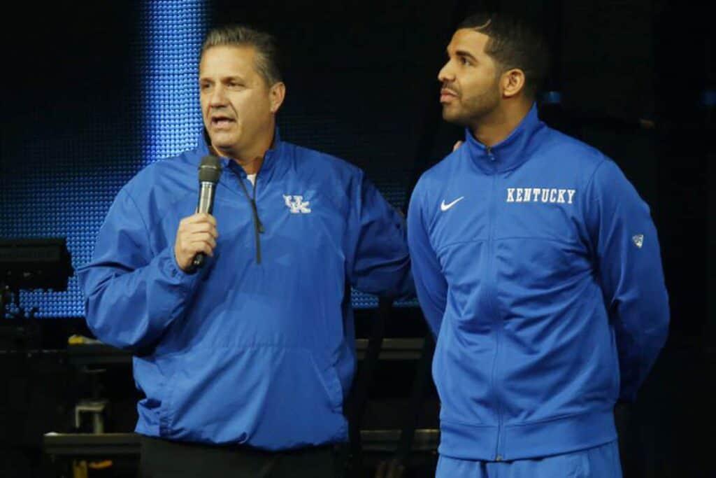 Drake con coach Calipari