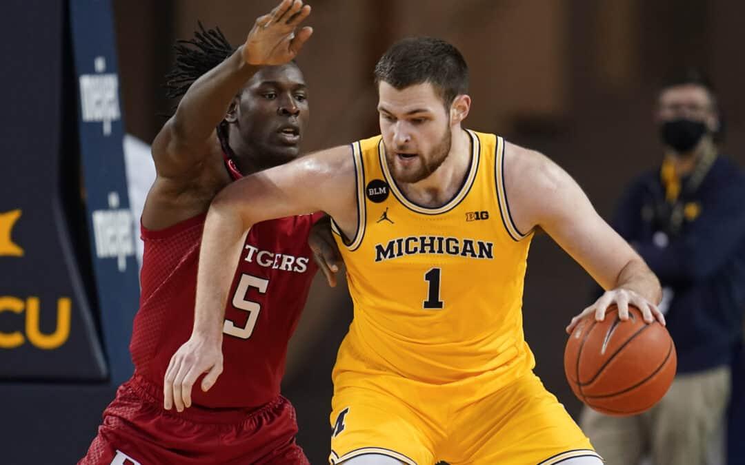 #9 Michigan | Preseason Top 25 | 2021-22